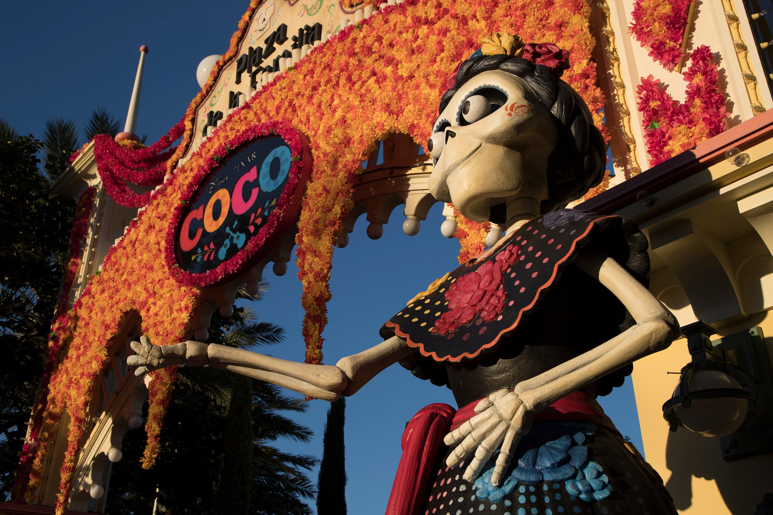 Celebrate DisneyPixars Coco and the Everlasting Bonds of Family at Disneyland Resort Sept. 7-Nov. 4 2018