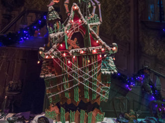 haunted mansion holiday gingerbread house - Nightmare Before Christmas Gingerbread House