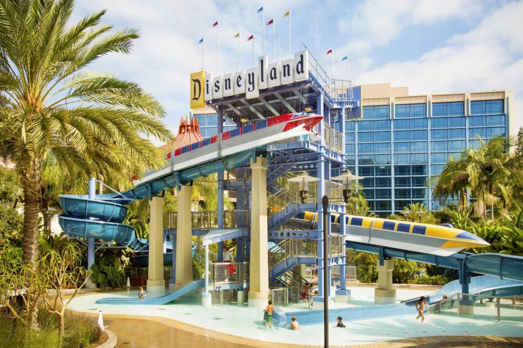 Disneyland Hotel ganha data de reabertura