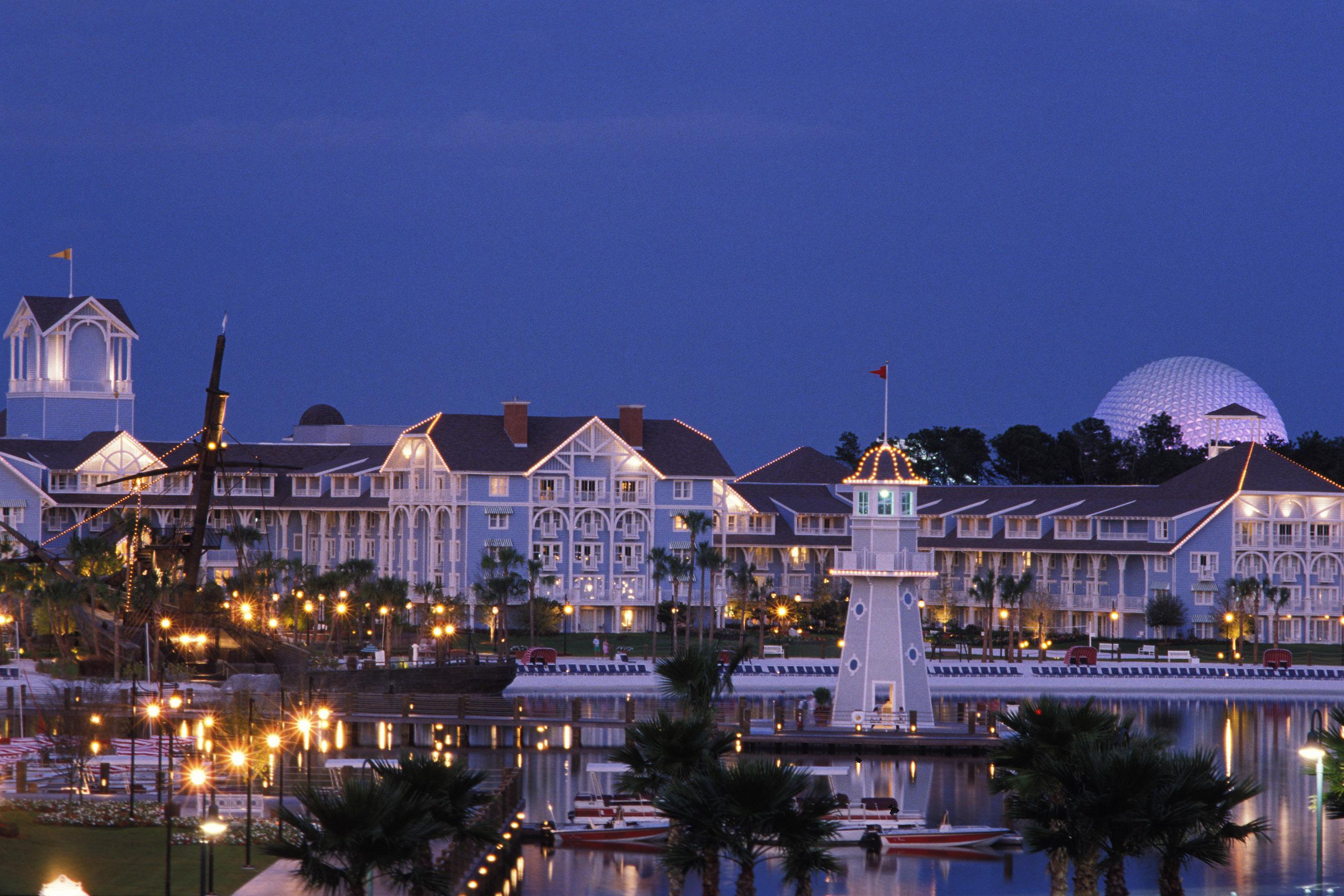 Disney S Yacht Club Resort And Beach Bring Turn Of The Century New England To Vacation Kingdom Walt World News